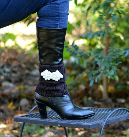 Womens Brown Crochet Boot Cuff Legwarmer With Pearl Applique