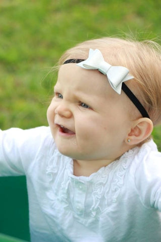 "Metallic Silver 2.5"" Leather Bow On Skinny Headband - Black"