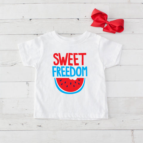 Sweet Freedom - Graphic T-Shirt & Bow Set