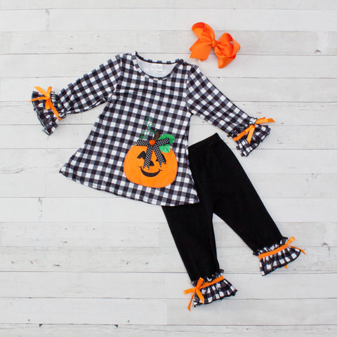 Black & White Checkered Pumpkin Long Sleeve Pant Set - Top & Pants