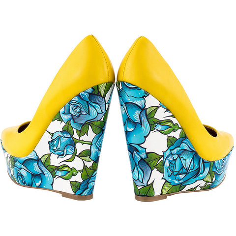 TaylorSays Bonafide Yellow Pumps