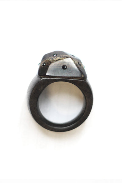 Mahoe Ebony Spinel Ring
