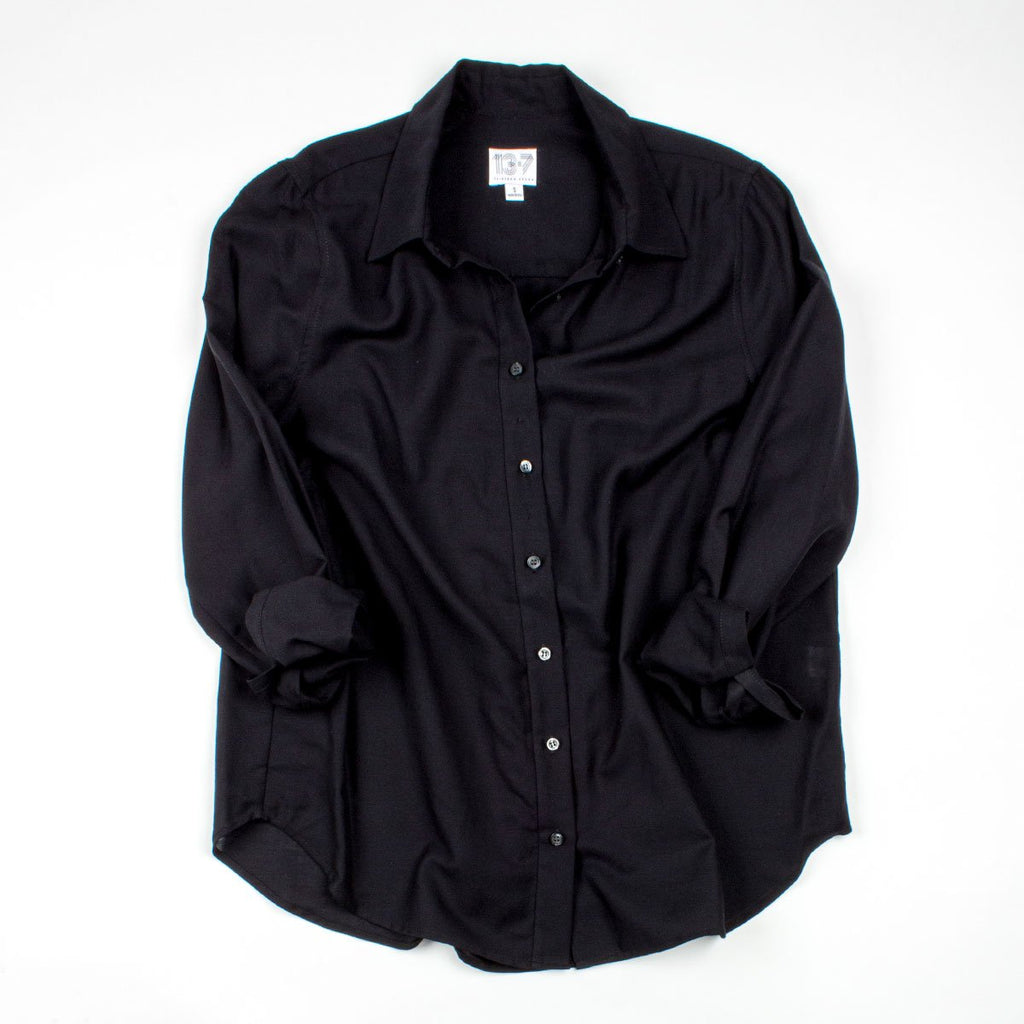 Thirteen Seven Risky Business loose fit soft dress shirt in black.