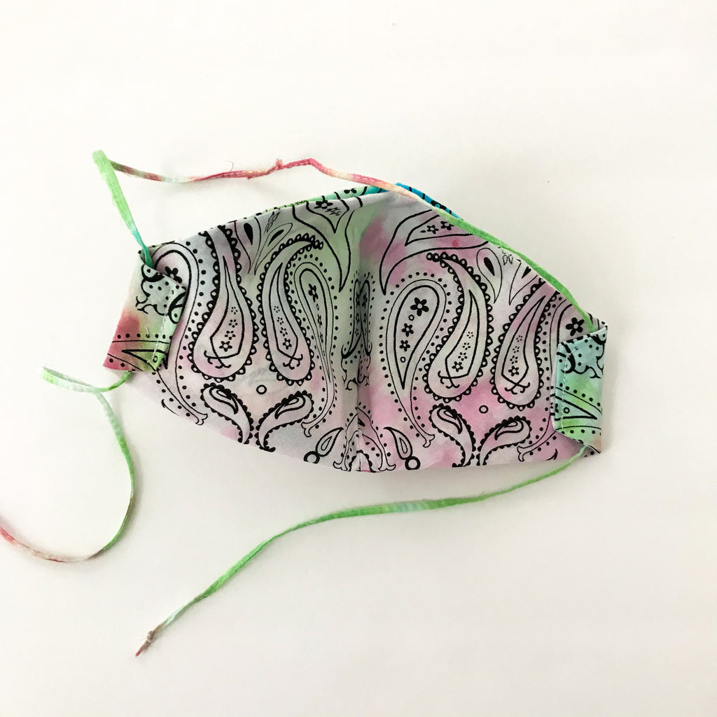 Tie-Dye Curved Mask w/Single Tie