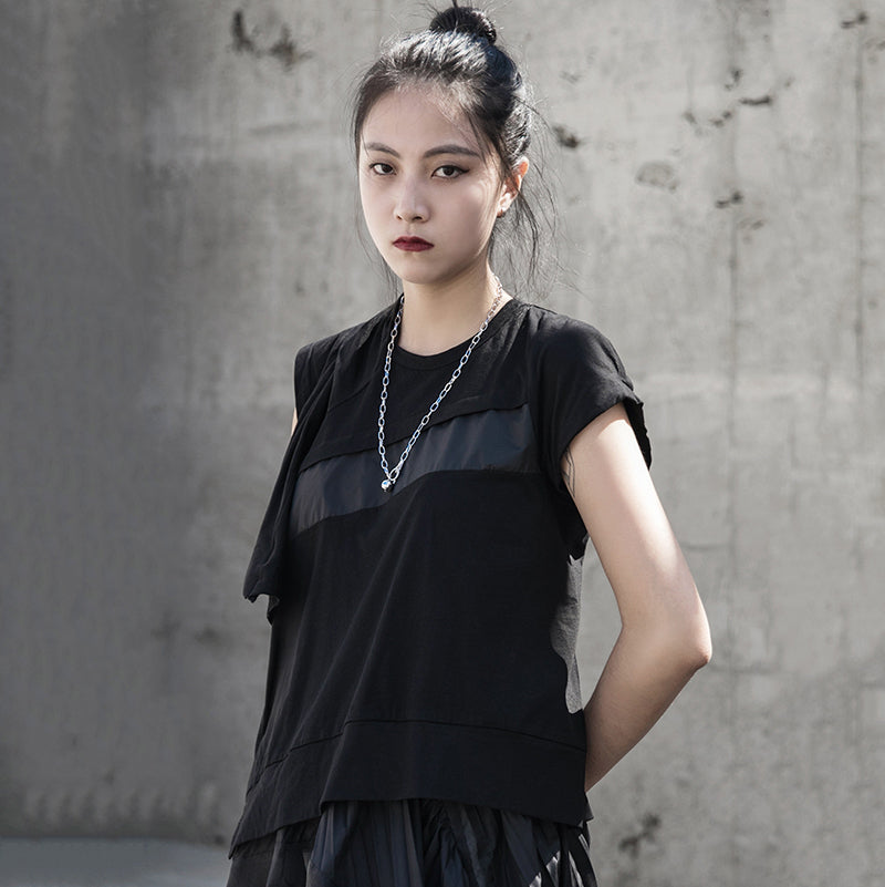 [EAM] Women Black Patch Pleated Split Temperament T-shirt New Round Neck Short Sleeve  Fashion Tide  Spring Summer 2020 1S676