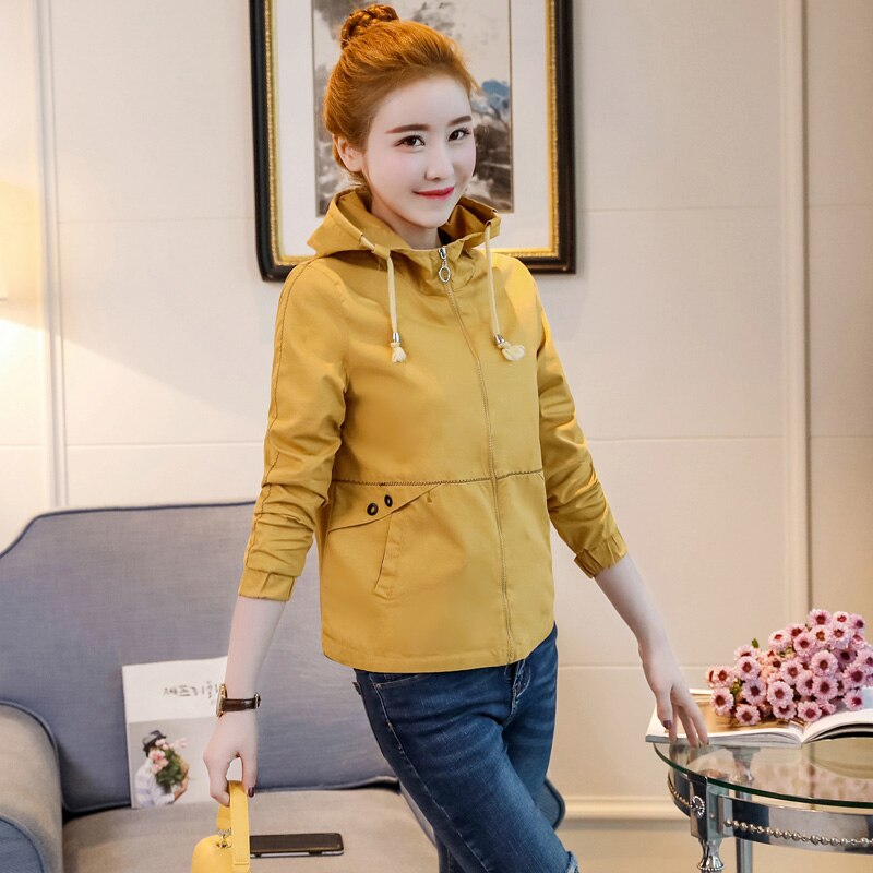 Small jacket short autumn dress student body repair Korean version of bf baseball suit with cap casual jacket