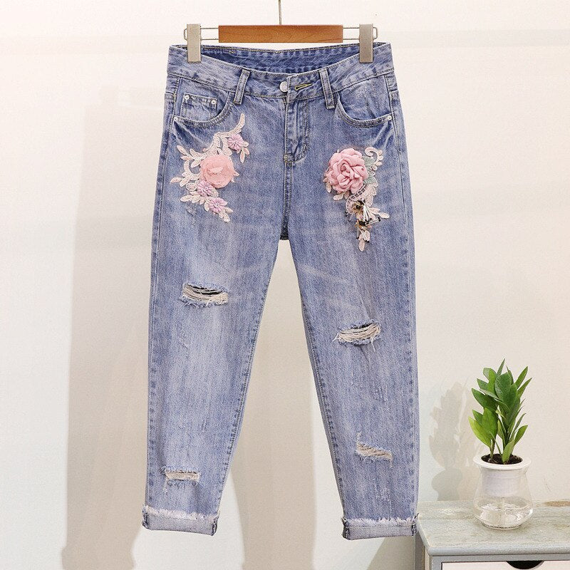 LUOSHA Women 2019 2Pcs Summer Stylish Embroidery 3D Flower Short Sleeved Tshirt+Heavy Work Jean Rippered Hole Denim Pants Suit