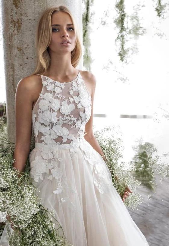 Spaghetti Straps Scoop Wedding Dress Sleeveless 3D Flower Lace Appliques Backless A Line Tulle Illusion Bridal Gown with Train