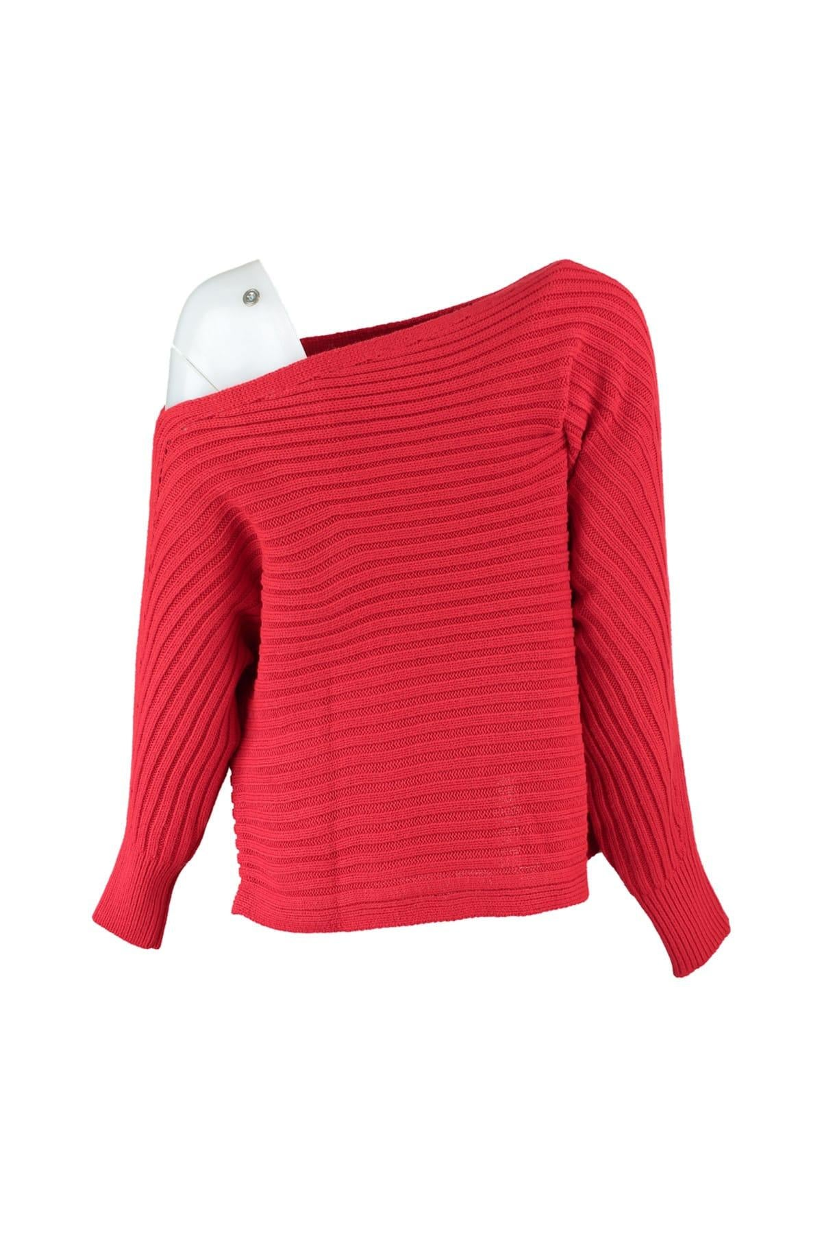WOMEN Red One Shoulder Sweater Sweater TWOAW20FH0007
