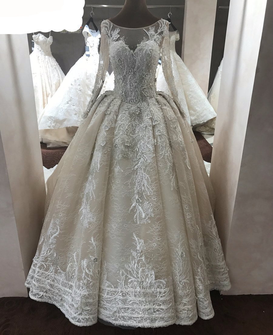 Champagne color wedding dress with long sleeves for Champagne colored wedding dresses with sleeves