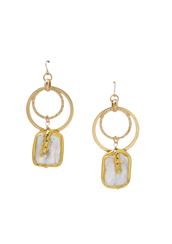 Freshwater Pearl in Gold Foil Link Earrings