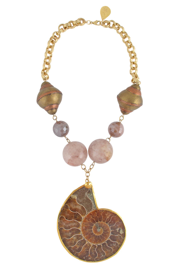 Beautiful seashell statement necklace with rose quartz beads