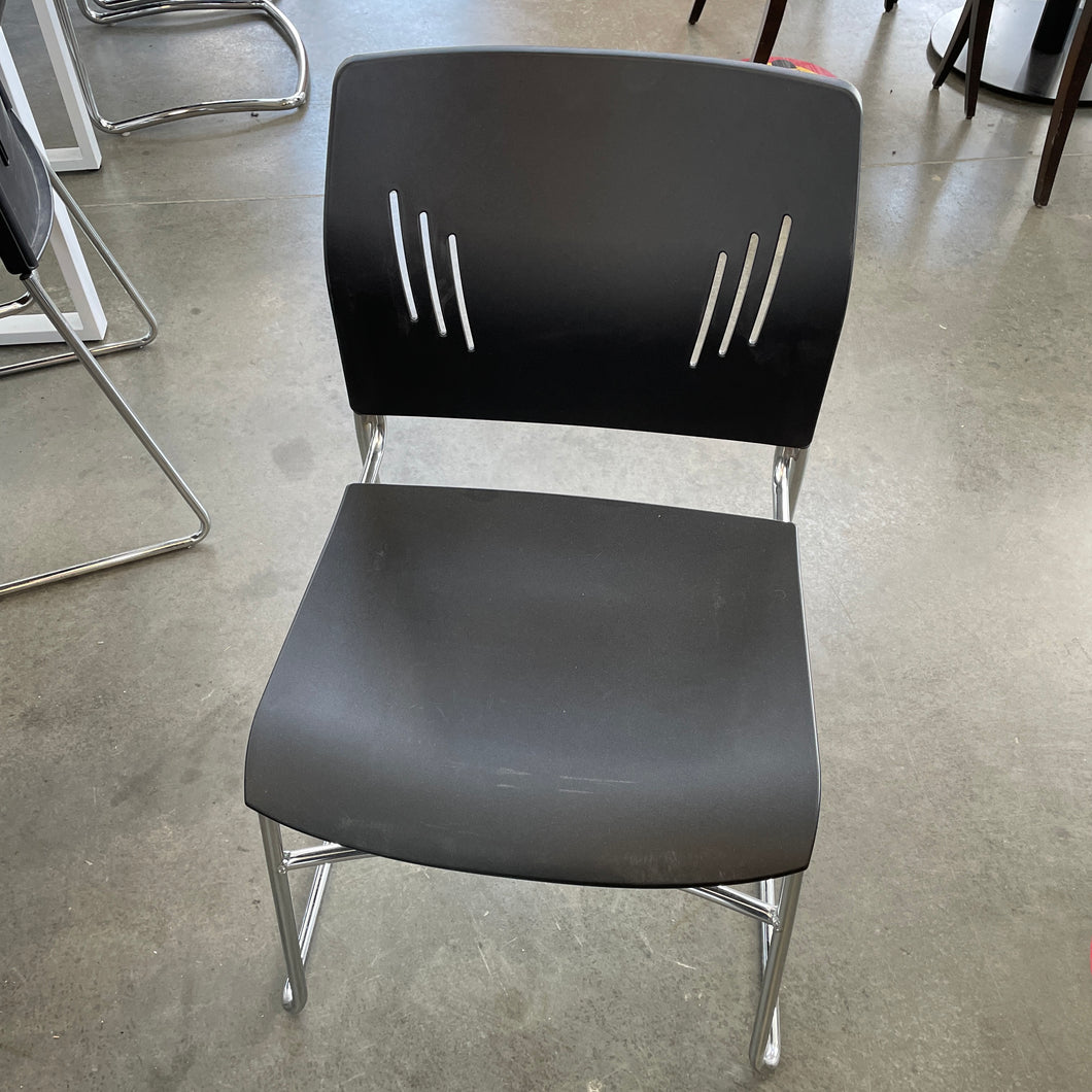 Used Black Stacking Chairs (Large Seat)