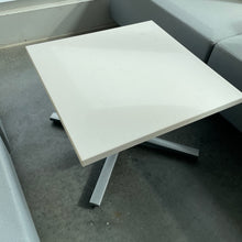 "Load image into Gallery viewer, Used Herman Miller 24"" Square Table"