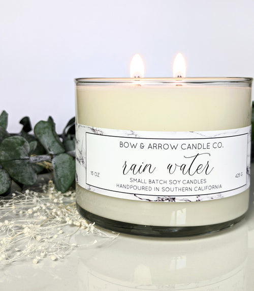 floral rain water 15 oz soy candle