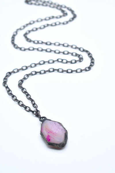 AGATE NECKLACE fuchsia stone, chain link