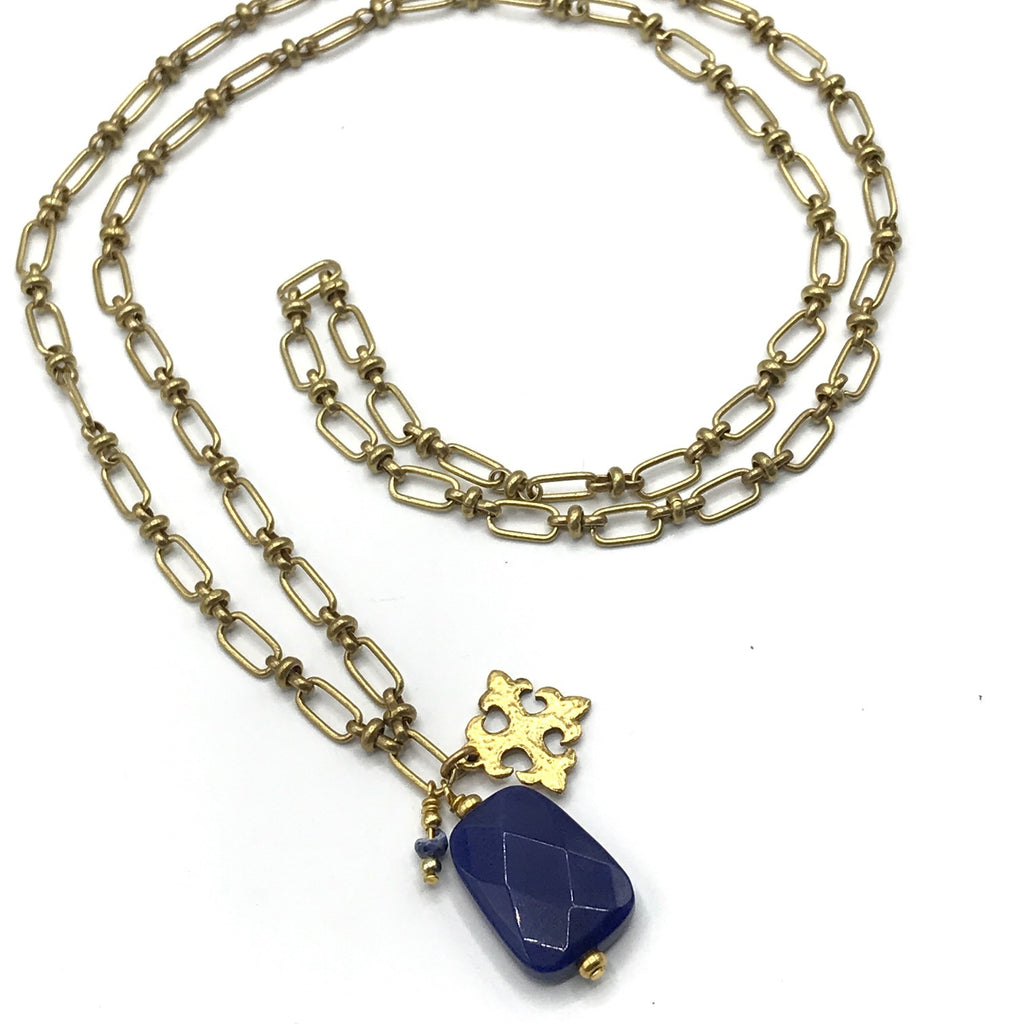 GOLD CHAIN NECKLACE WITH LAPIS