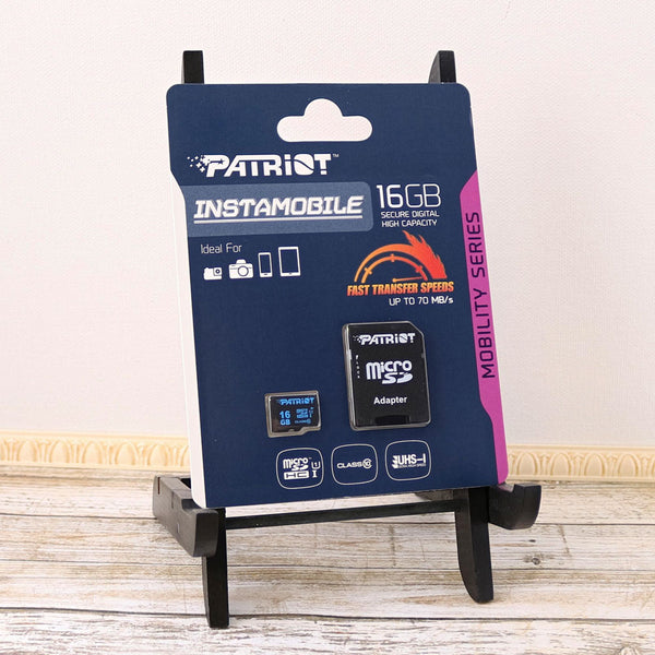 Package Image of Patriot 16GB MicroSDHC Card