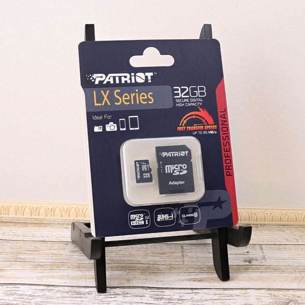 Package Image of Patriot 32GB MicroSDHC Card