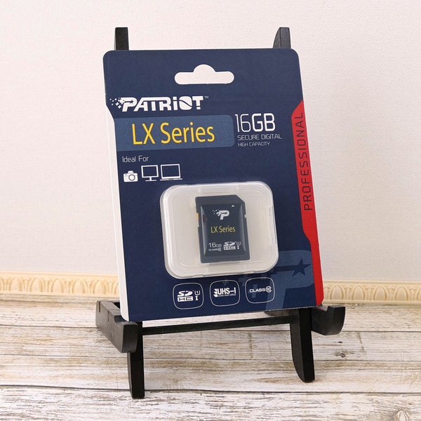 16GB Class 10 UHS-I Secure Digital High Capacity SDHC Memory card by Patriot Memory