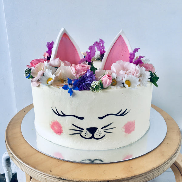 Pussy Cat 3 Layer Cake