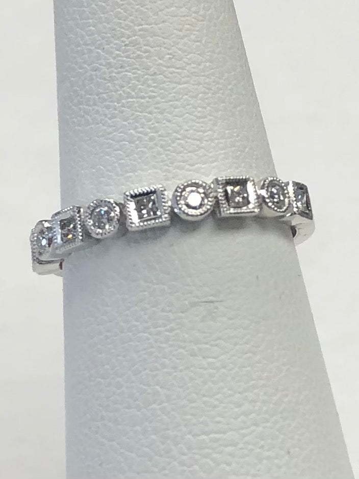 Stackable Square & Round Diamonds