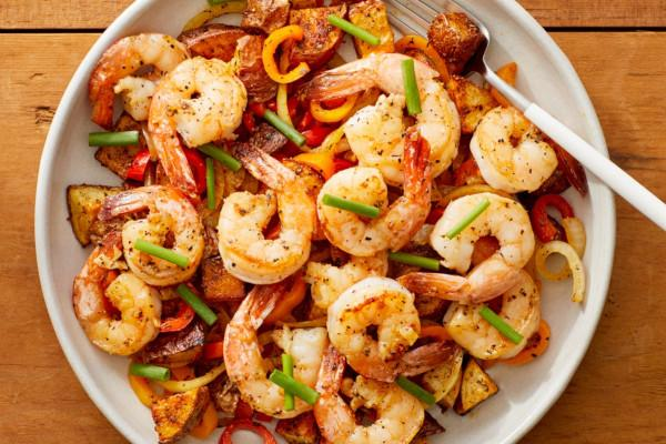 Garlic Shrimp w/ Spanish-Style Potatoes, Peppers & Onions