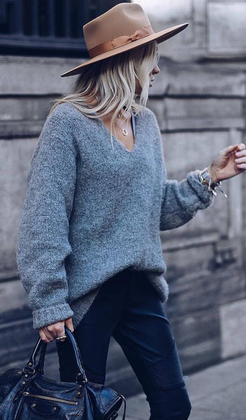 On Knit V Neck Pullover Sweater