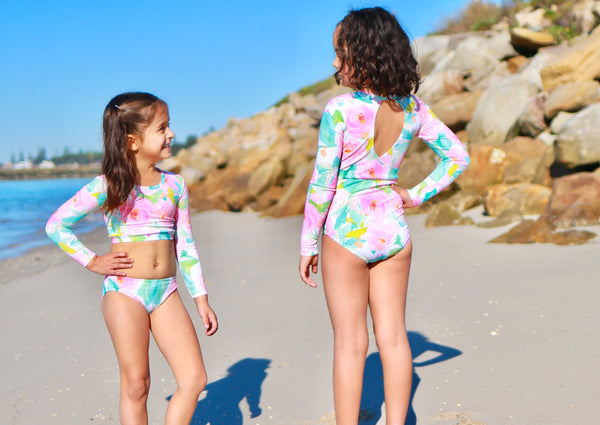 PATTERN HACK - LINED SURFSUIT WITH ENCLOSED SEAMS