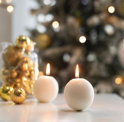 White candles for Christmas