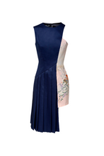 Load image into Gallery viewer, ASYMMETRIC PLEATED DRESS - Lemiché