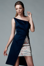 Load image into Gallery viewer, ONE SHOULDER ASYMMETRIC DRESS - Lemiché