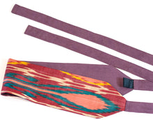 Load image into Gallery viewer, Wide fabric ikat belt