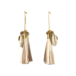 Gold-plated beige paper tassel earrings with sea shells and brown seeds