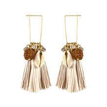 Load image into Gallery viewer, Gold-plated paper tassel earrings with natural shell
