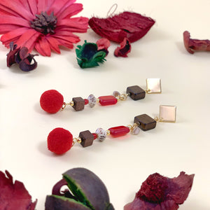 """BERRIES SWAY"" DANGLE EARRINGS - Lemiché"