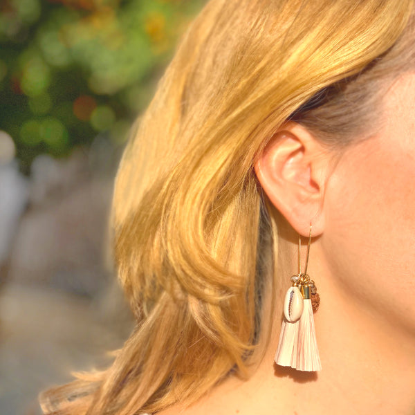 """SANDY GOLD"" CLUSTER TASSEL EARRINGS - Lemiché"