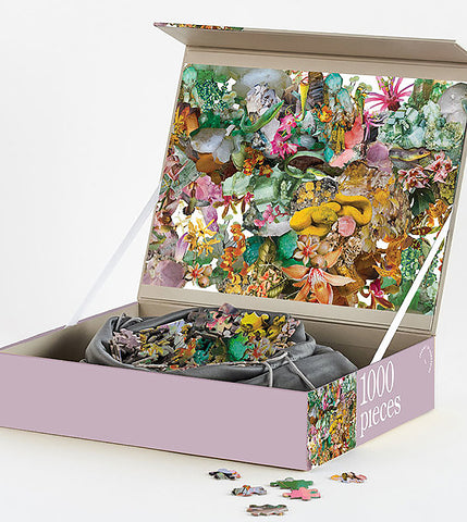Box of 1000 Piece Puzzle Flora+