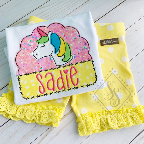 Unicorn Scallop Frame Applique