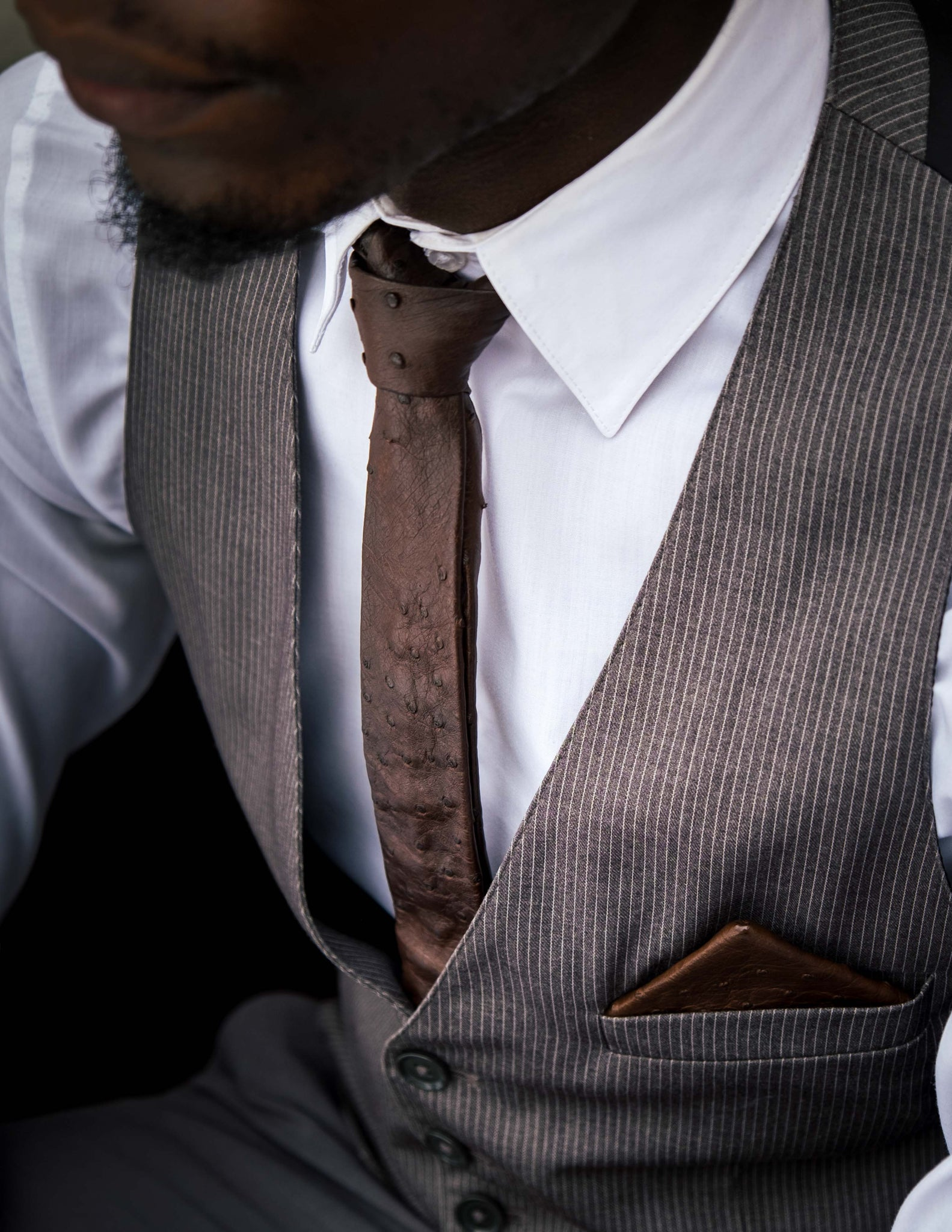 SKINNY TIE NO.2 – DARK BROWN OSTRICH