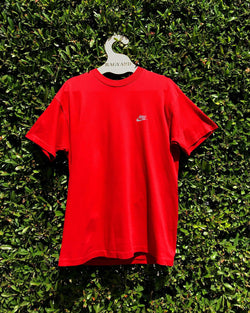 Embroidered Patch Back Vintage Nike T-shirt
