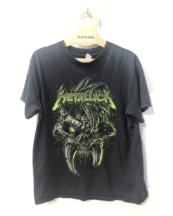 One of a Kind Embroidered Patch Back Vintage Metallica T-shirt