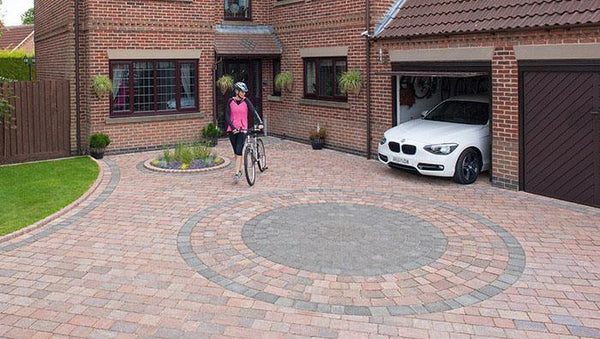 Drivesett Block Paving Circle
