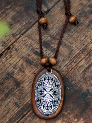 Retro Flower Wood Necklace