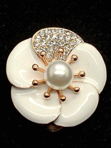 Daily Daisy Brooch