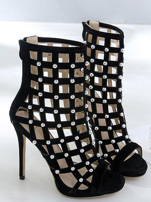 Fishnet Pearls Heels