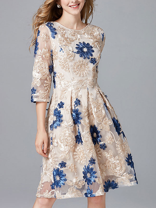 Twinkle Flower Lace A-Line Dress