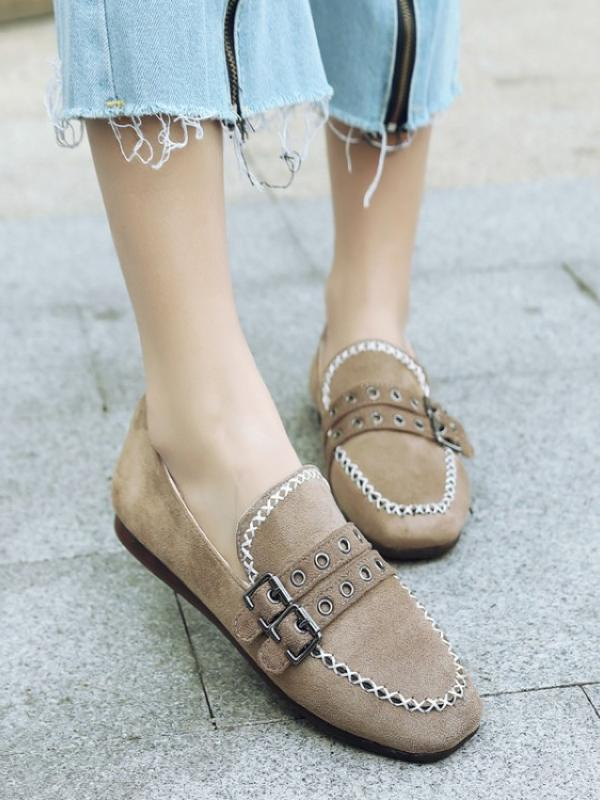 Duo Dotted Buckle Shoes