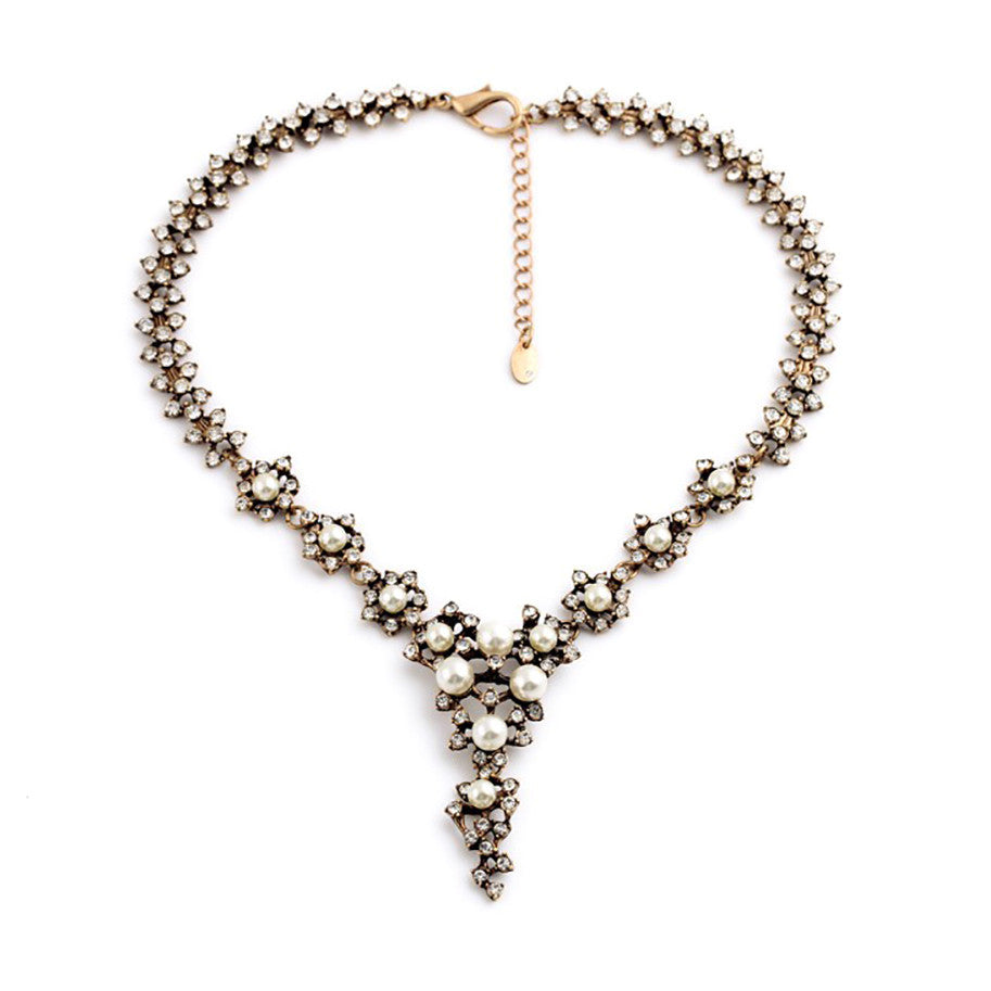 Elegant pearl and crystal lariat necklace