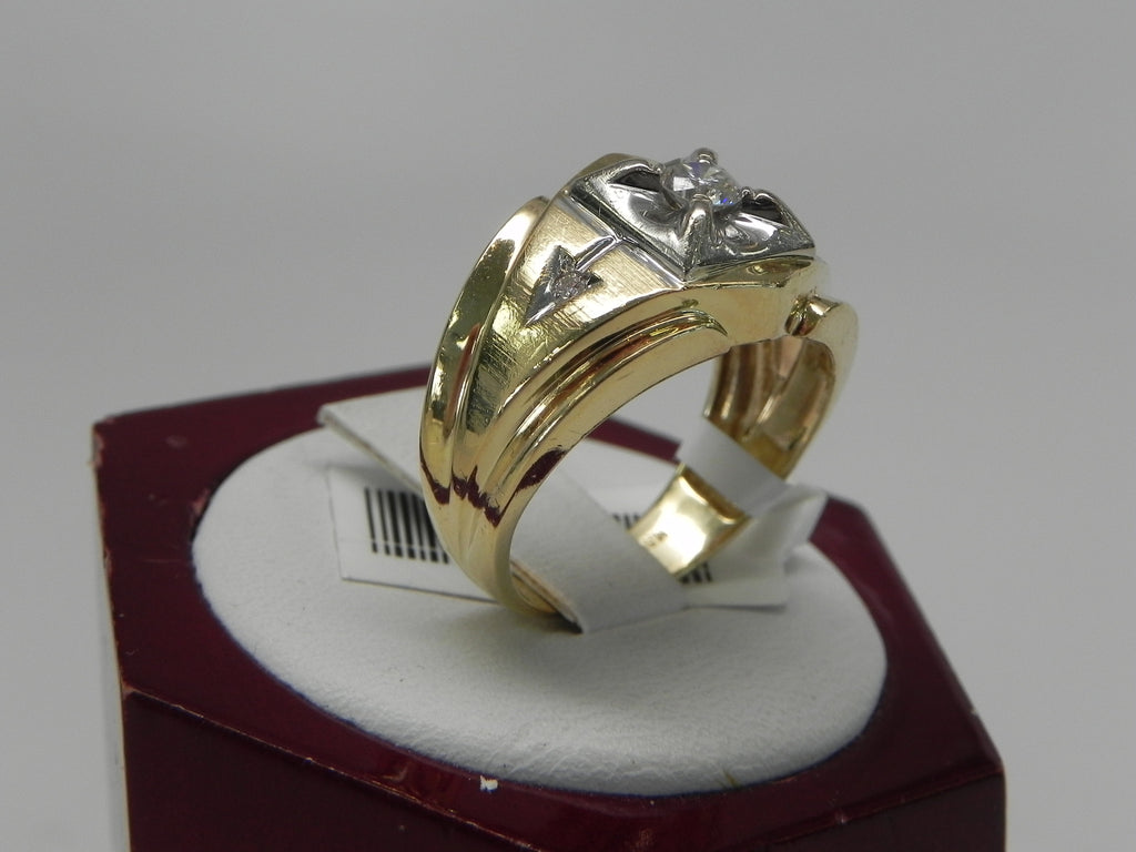 Tribal Style Man's Ring 14K Yellow Gold